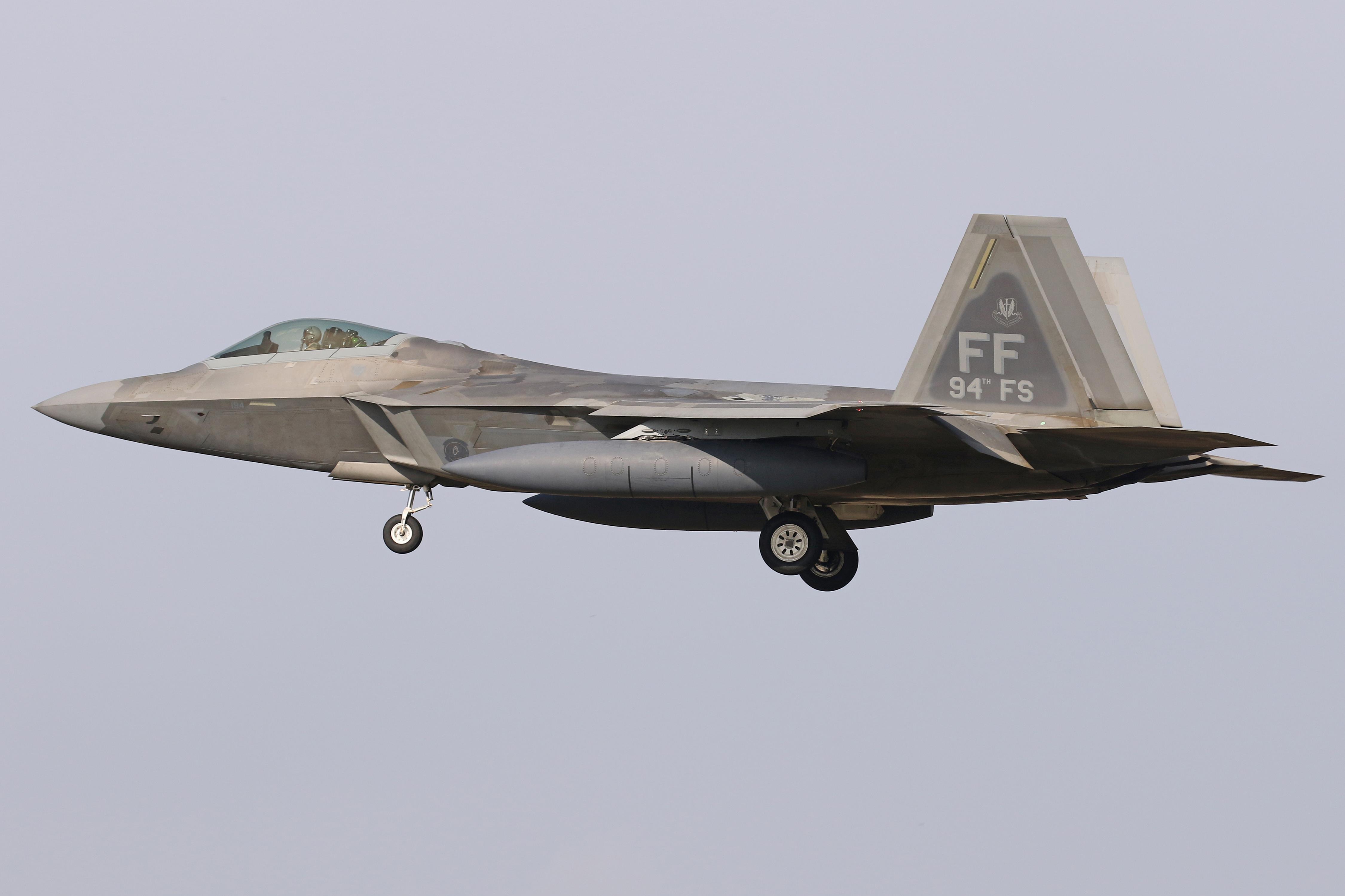 94 FS Deploy To RAF Lakenheath